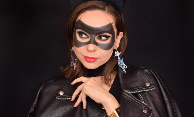 Halloween Catwoman Makeup Tutorial
